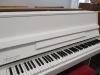 białe-pianino-nordiska-futura